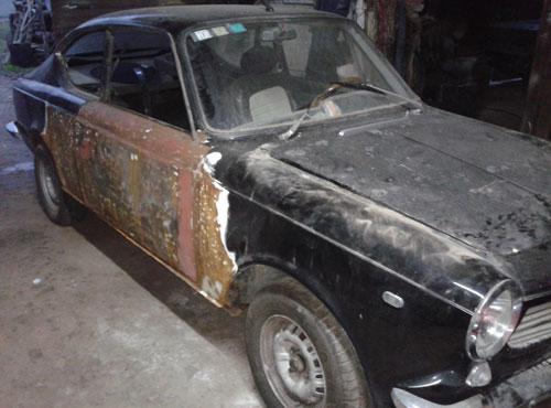 Car Fiat 125 Coupé