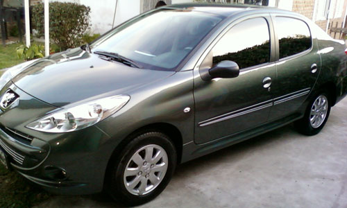 Auto Peugeot 207 Compact Allure