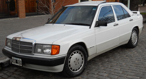 Car Mercedes Benz 190E