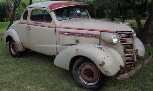 Auto Chevrolet Coupé
