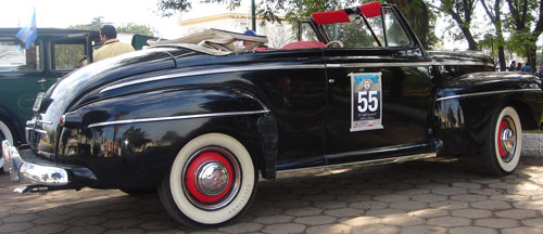 Car Ford Cabriolet 1946