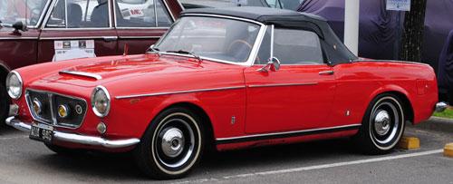 Auto Fiat 1200 Pininfarina