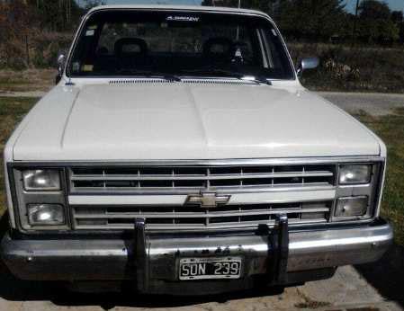 Auto Chevrolet Silverado