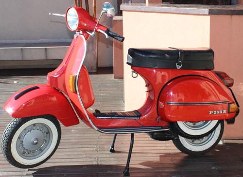 Motorcycle Vespa 200