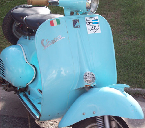 Motorcycle Vespa Paiggio