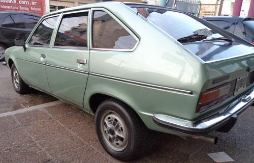 Auto Renault R20