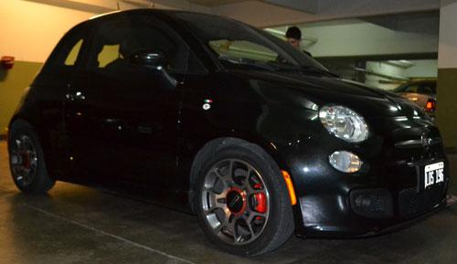 Car Fiat 500