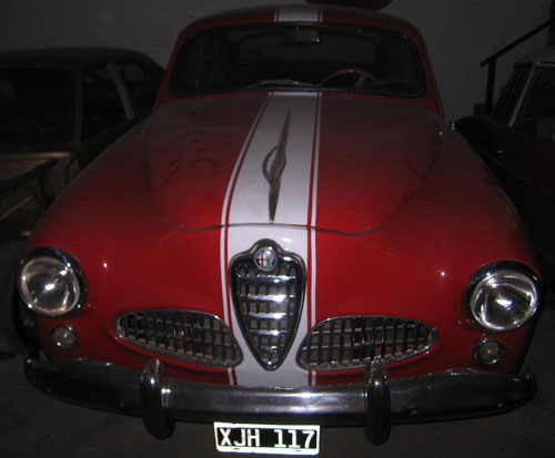 Car Alfa Romeo 1900 Berlina