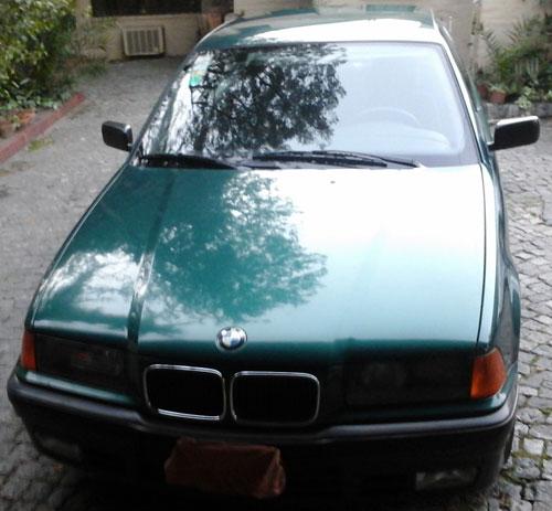 Car BMW 320i