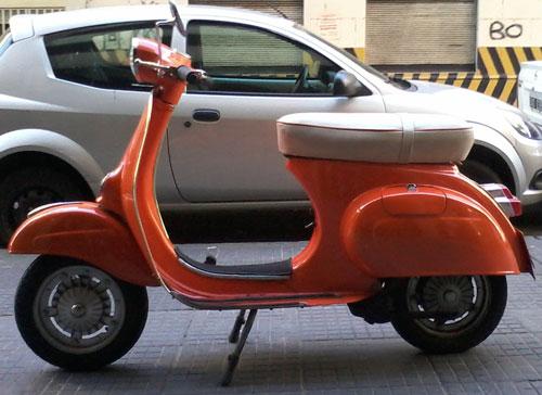 Motorcycle Vespa Primavera 125