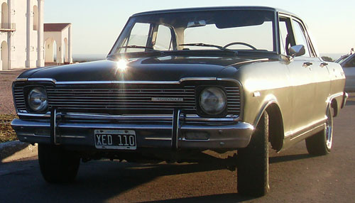 Auto Chevrolet 1972 Special 400