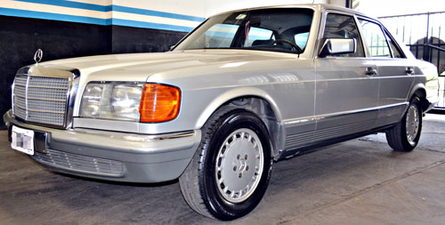 Car Mercedes Benz 280SE