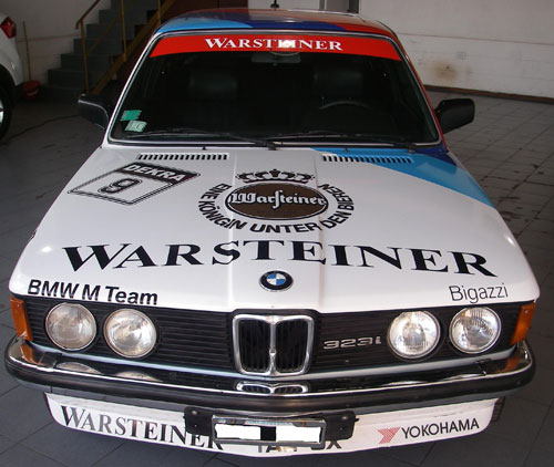 Car BMW 323
