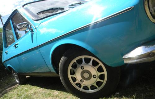 Car Renault R12