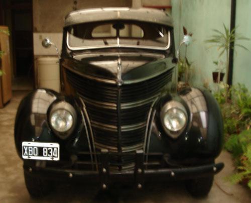 Car Ford A 1938