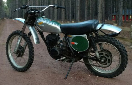 Motorcycle Honda CR250M Elsinore