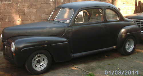 Auto Ford 1942 Coup�