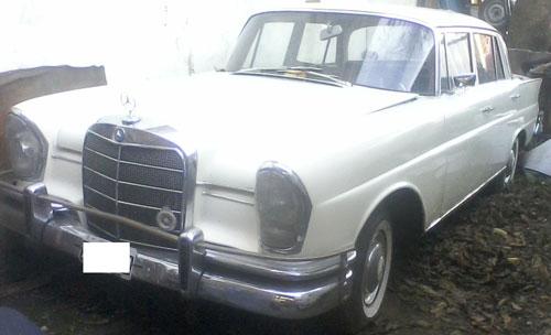 Car Mercedes Benz 220 1964