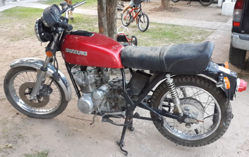 Motorcycle Suzuki GS550