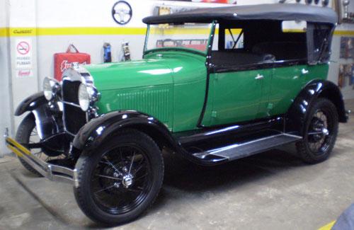 Car Ford A Phaeton