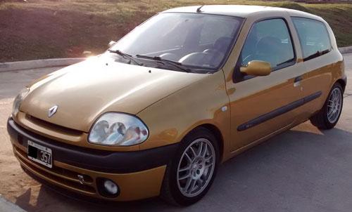 Auto Renault Clio Sport