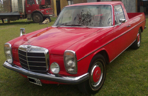 Car Mercedes Benz Pick Up 220D