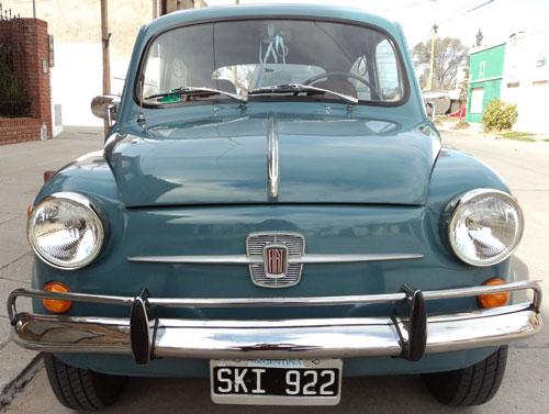 Car Fiat 600 E
