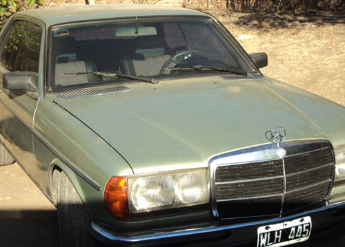 Car Mercedes Benz Coupé 230C
