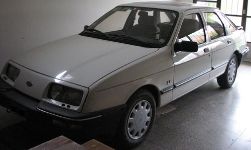 Car Ford Sierra Ghia S