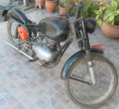 Moto Gilera 125