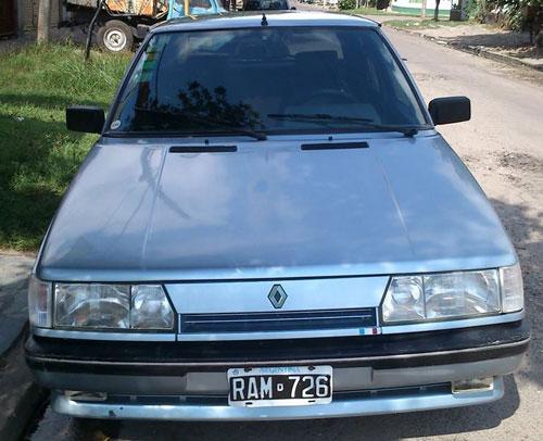Car Renault 11 1992