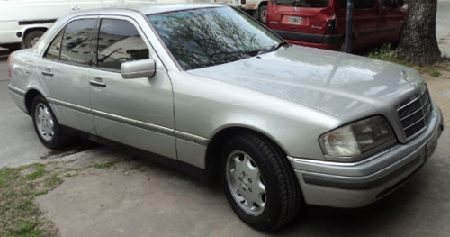 Car Mercedes Benz 1995