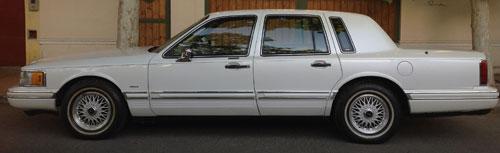 Auto Lincoln Town Car
