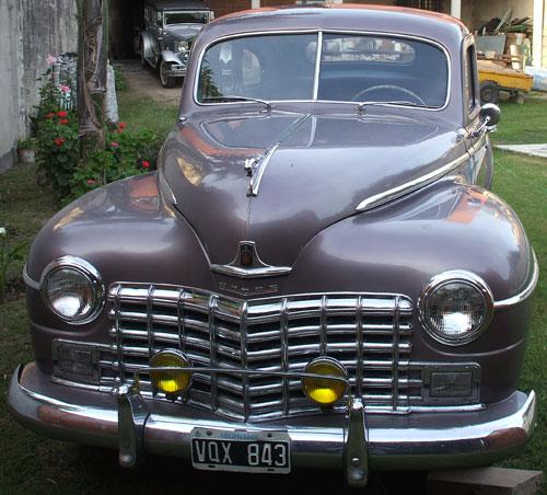Auto Dodge 1946