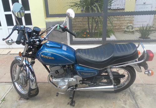 Motorcycle Honda Twinstar CM200T 1981
