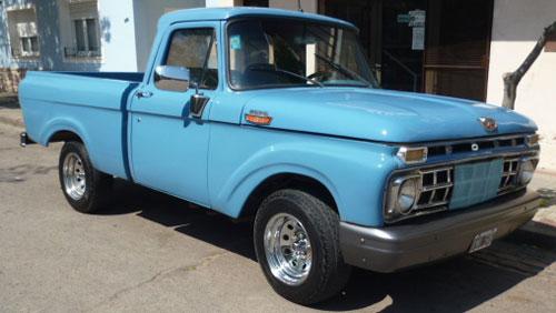 Auto Ford 1965