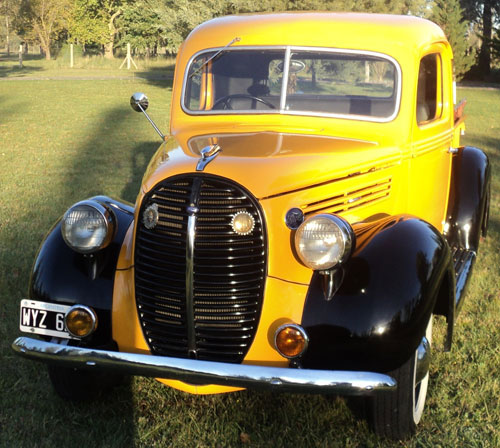 Auto Ford Pick Up 1938