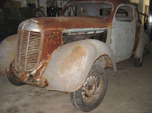 Auto Plymounth 1936
