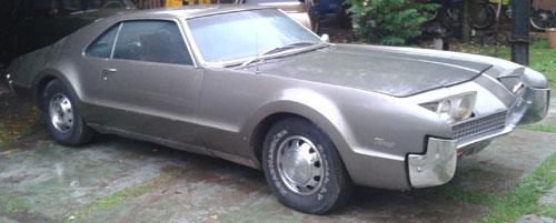 Auto Oldsmobile Toronado