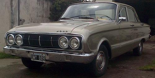 Auto Ford Falcon Deluxe 1972