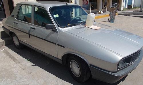 Auto Renault R12 TL