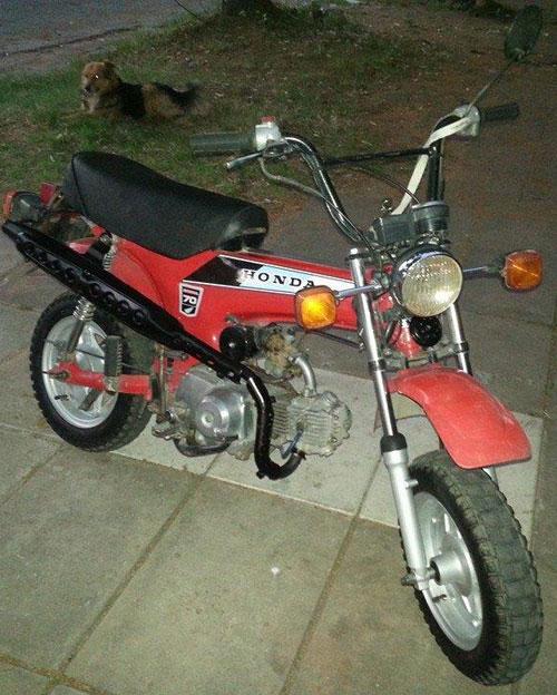 Moto Honda Trail70