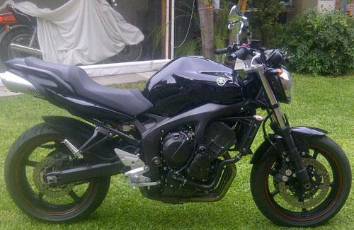 Auto Yamaha Fazer 600 S2