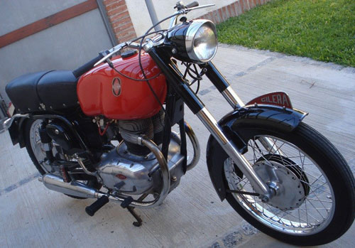 Motorcycle Gilera 300 Italiana 1957