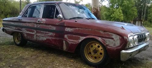 Car Ford Falcon