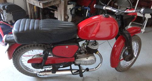 Motorcycle Puma 4ta. Serie 1965