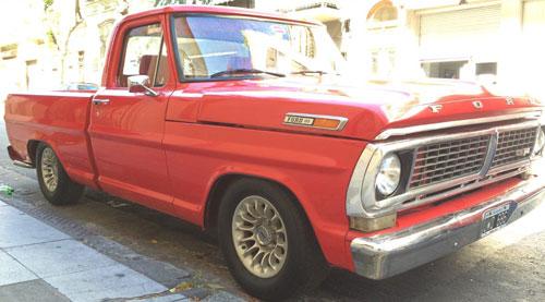 Car Ford F-100