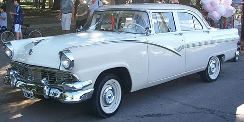 Car Ford Fairlane Town 1956