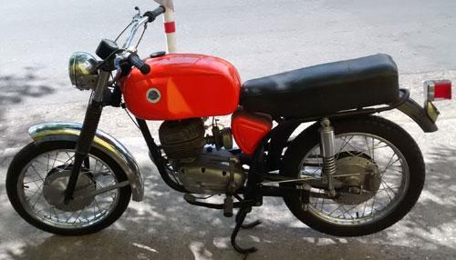 Motorcycle Zanella Ponderosa 175