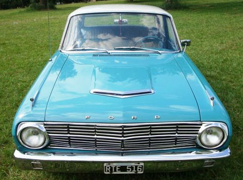 Car Ford Falcon 1965